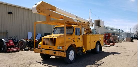 Picture of International Bucket Truck